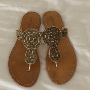 Matisse gold crystal flat sandals size 9